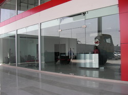 glass-fabrication-services